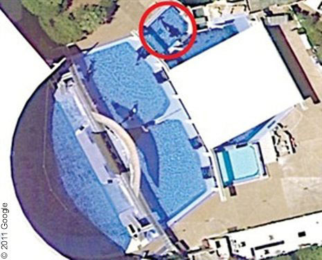 tilikum-sea-world-arial-view