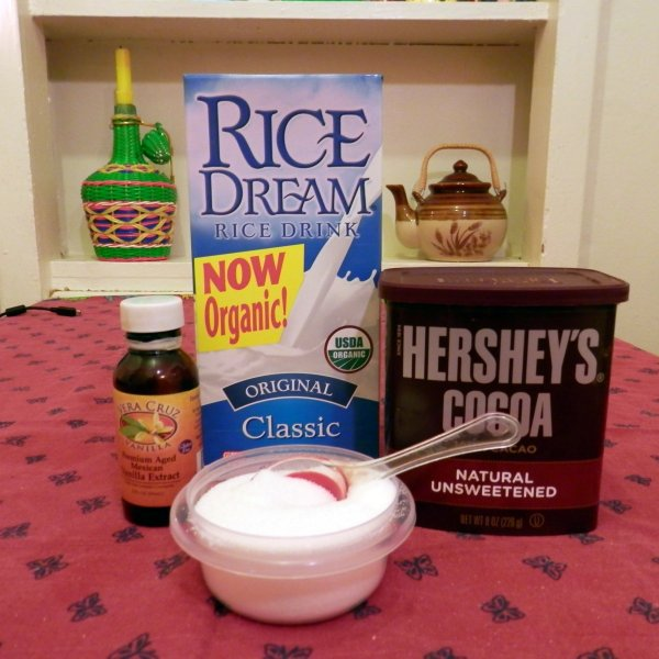 hot-cocoa-ingredients-600x600