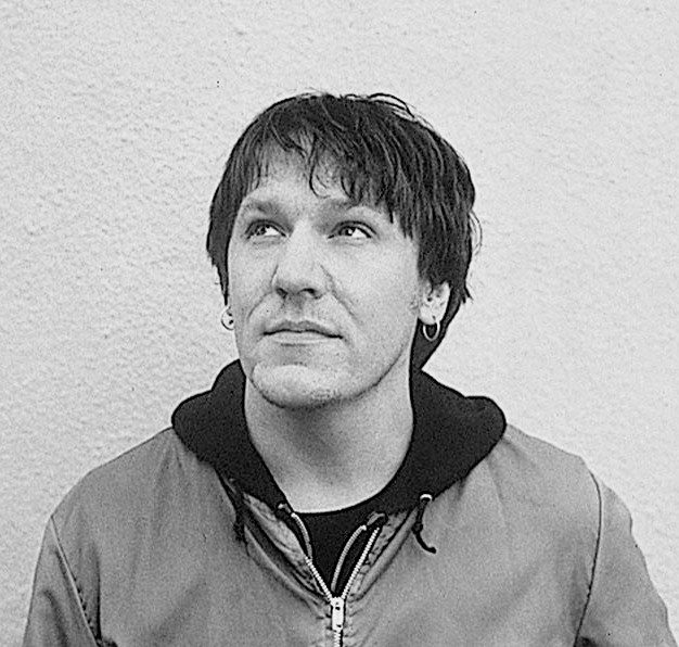 Elliott-Smith-UMG-B2B-Archives-01-1000~2