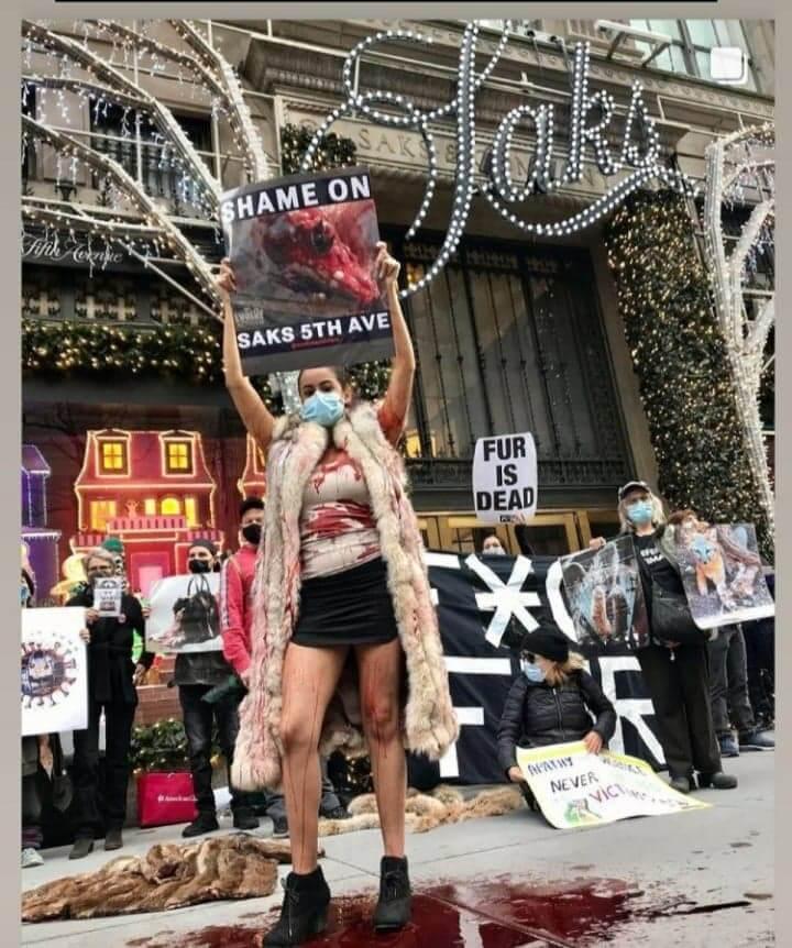 Saks-protest-2